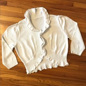 Sweaters - Soft white cropped sweater with ruffled edges